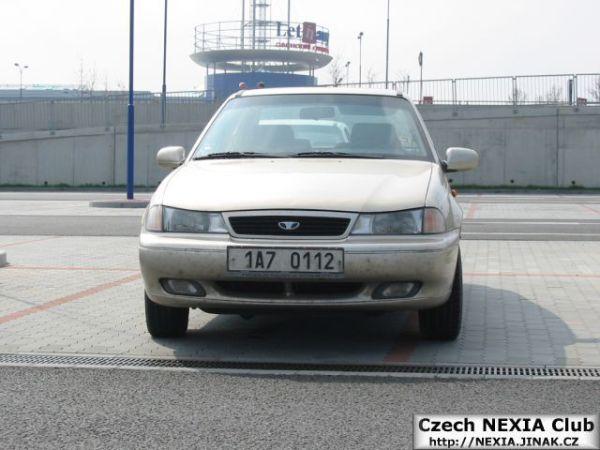Nexia sraz Praha Letňany 17.4.2004