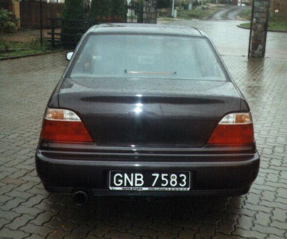 Kufr bez znaků - Daewoo Nexia sedan